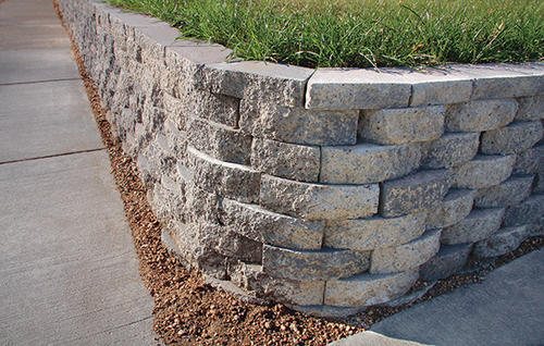 3 1 2 Quot X 11 1 2 Quot X 7 Quot Crestone Beveled Retaining Wall
